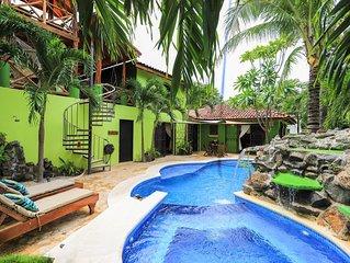 Casa Colibri, Very Unique 3 Bedroom, 3 Bath, Private Pool & More! Beach Walk