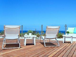 Villa Mirador de Palm-Mar, outdoor jacuzzi and magical views of the ocean