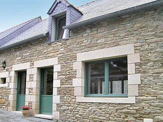 2 bedroom accommodation in Ploneour Lanvern