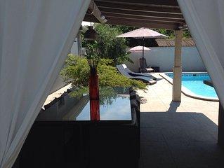 Joli Maison piscine à 7mn de l hypercentre Bordeaux