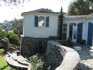 ,charmant duplex dans villa jardin paysagé 2 belles  terrasses  vues sur mer