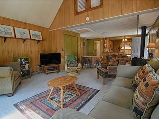 Tahoe Vista One Bedroom Cabin with Loft ~ Property #215