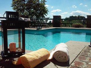 Villa panoramica con piscina privata esterna