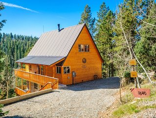 Great log cabin with wrap around deck and beautiful views! Grill on the deck out
