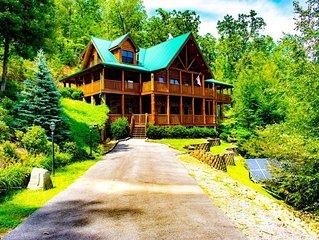 Massive Forest Cabin in Gatlinburg!  Mountain Paradise