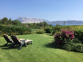Lovely Villa with great view of the marine park of Tavolara and Molara Islands.