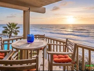 Del Mar Ocean View steps from beach,4 Heated Pools Hot tub Private parking Gym