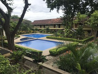 Newly Updated Condo with Beautiful Pool