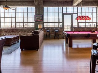 Incredible 4BR Penthouse next to City Museum