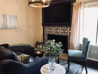 Recently Remodeled Condo, Sleeps 5, 1 mile to A&M
