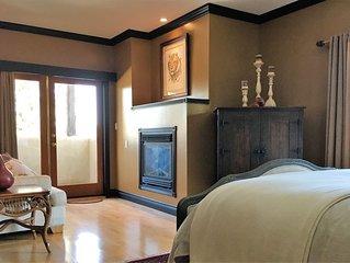 Casa Colina Bed & Breakfast - The East Queen Suite