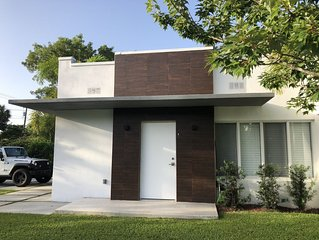 Modern and cozy new house in Miami Shores