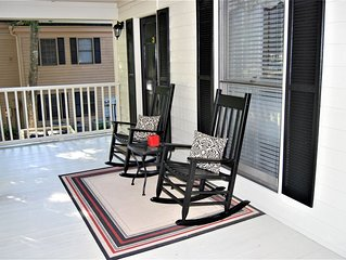 Best of Pawleys Plantation!   Inviting Retreat for Golfers and Beach Lovers
