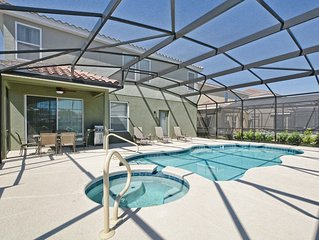 Grill/Private pool and hot tub/Huge Deck/Great resort/10 mins Disney/Back yard/