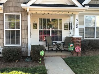 1 Story Townhome in Rock Hill, close to Charlotte, Lake Wylie, Carowinds & I-77.