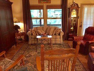 Charming  2 BR, 2 Bath mountain home in secluded lake neighborhood.