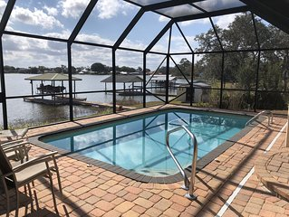 Welcome to LAKESIDE ESCAPE, enjoy private POOL and LAKEFRONT Dock. Fish & Kayak