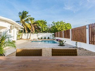 THREE BEDROOM PRIVATE LUXURY VILLA & PRIVATE POOL