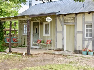 Romantic Ava Haus Cottage.  3 minutes to Main! See our other 3 Ava Haus rentals.