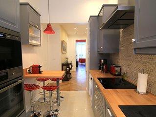 2 Bedrooms Luxury Apartment with Balcony - La Suite Terreaux
