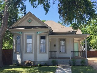 Renovated  Historic House close to Pearl, River, Downtown, view Hemisphere Tower