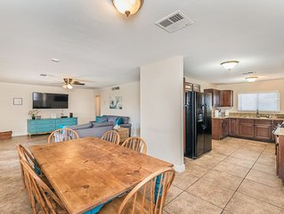 Lovely home -5 min from the strip