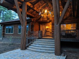 Show Low Luxury Log Cabin Sleeps 28 Family Reunions or Group Retreats!
