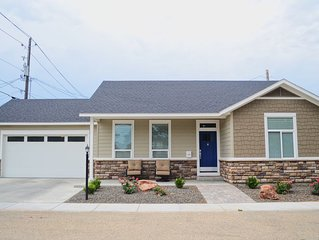 Brand New Modern 1140 Sq Ft 2 Bedroom 2 Full bathroom Home In Downtown Meridian