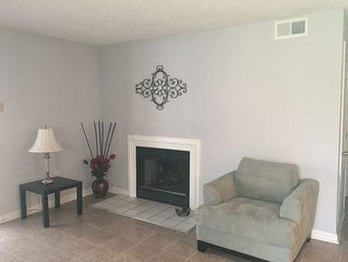 Spacious renovated 2 BR Apartment close to Charlotte downtown and Motor Speedway