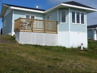 Vacation Rental Home Over Looking The Ocean. 2bedroom Bungalow .