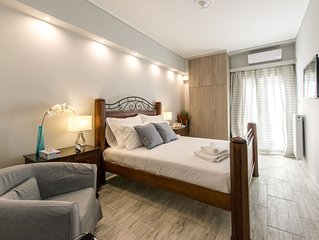 Luxurious Apartment In an Upscale Athens Centre Neighborhood
