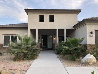 Brand New 4bd 3br House only 7 mins to downtown Palm Springs. Lic#016210.