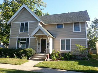 MICHIANA #3 ONE BDRM/ONE BATH BETWEEN DOWNTOWN AND SOUTH BEACH!