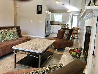 Clean & Comfortable 3beds/2baths) single Home