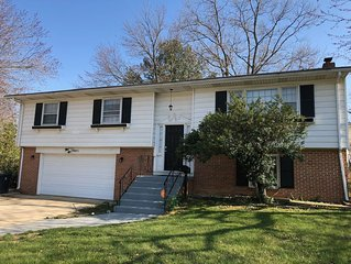 Charming 3br Corner  House  Close to MGM National Harbor