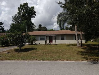 Quiet neighborhood, short drive to the best of Treasure Coast!