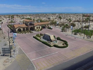 Condo 71-1 100ft From the Sea Of Cortez With WIFI