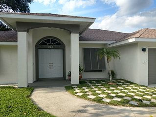 Beautiful All new ! 5 min to the Beach  in front of Kasey Key.
