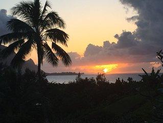 Hanalei Bay, Kauai, HI - Luxury Resort Condo's