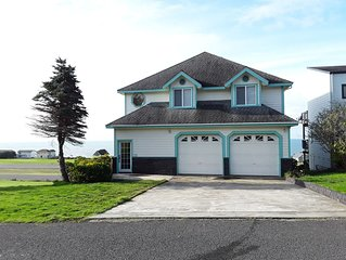 Spacious Home, Spectacular view of Coastline, golf course & runway
