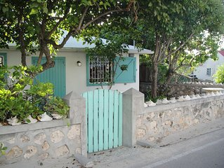 Private beach cottage - best value on Grand Turk!