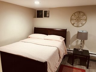 Cozy, Budget 2BR and 1BA Apartment - 30 mins to NYC