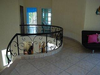 LUXURY Beachfront 3 Bedroom House with Casita (4th bedroom in Casita)