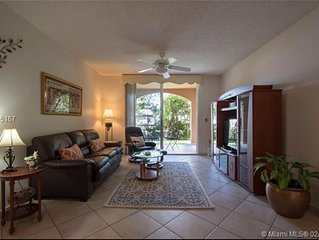 Yacht Club Apartment at Aventura ~ Beautifully Updated First Floor By The Pool
