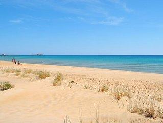 Villetta a 20 m. dal mare sulla bellissima e incontaminata spiaggia di Carratois
