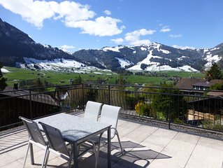 Luxury alpine apartment with indoor pool, sauna & gym, near Gstaad