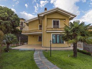 Villa Veronica  Holiday apartment in Trecastagni tra l'Etna e il mare