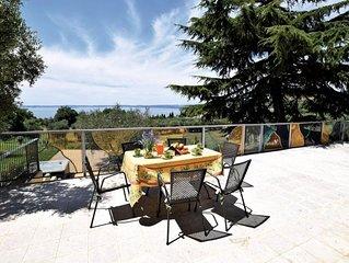 Appartamento in villa bifamiliare con vista panoramica del lago di Garda