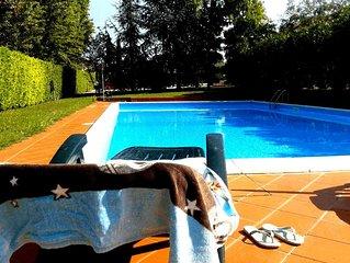 Casa Friend: bilocale con piscina sul Lago di Garda!!
