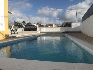 Villa Lagoa com piscina, jardim e Churrasco somente a 10 minutos da